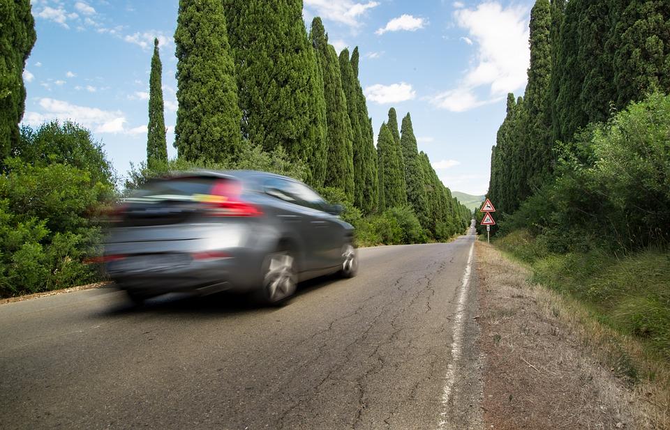 Förslag om reseavdrag för avstånd i stället för faktiska kostnader