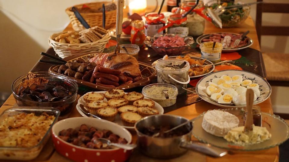 Julbord och julklappar - men med skattebegränsningar