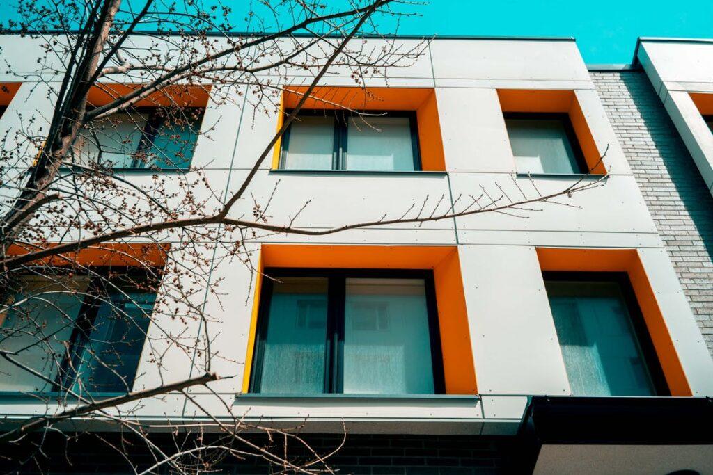 Direktavdrag eller avskrivningar för fönsterbyte?